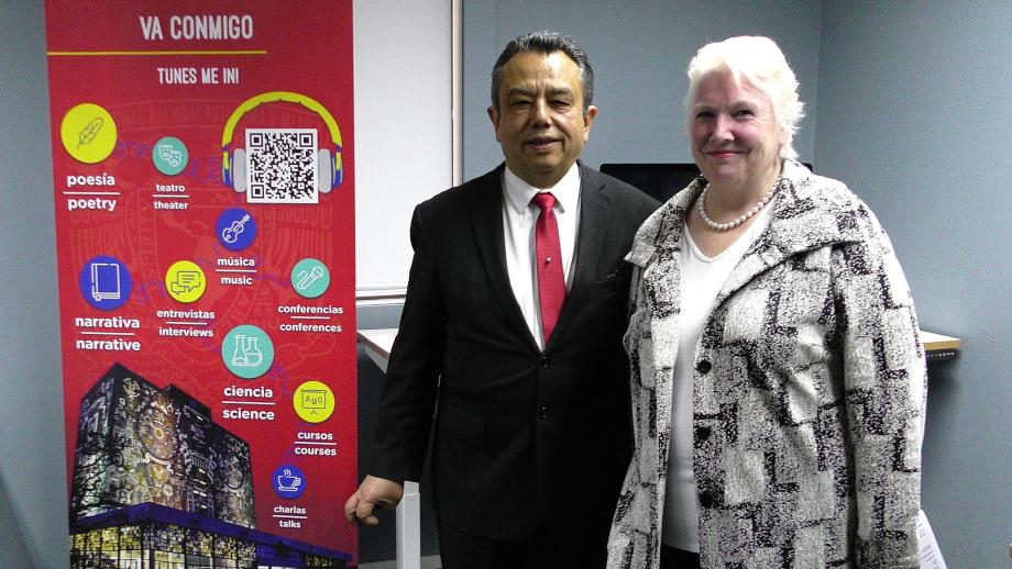 His Excellency, Mr Eduardo Patricio Peña Haller, Mexican Ambassador to Australia with University Librarian Roxanne Missingham